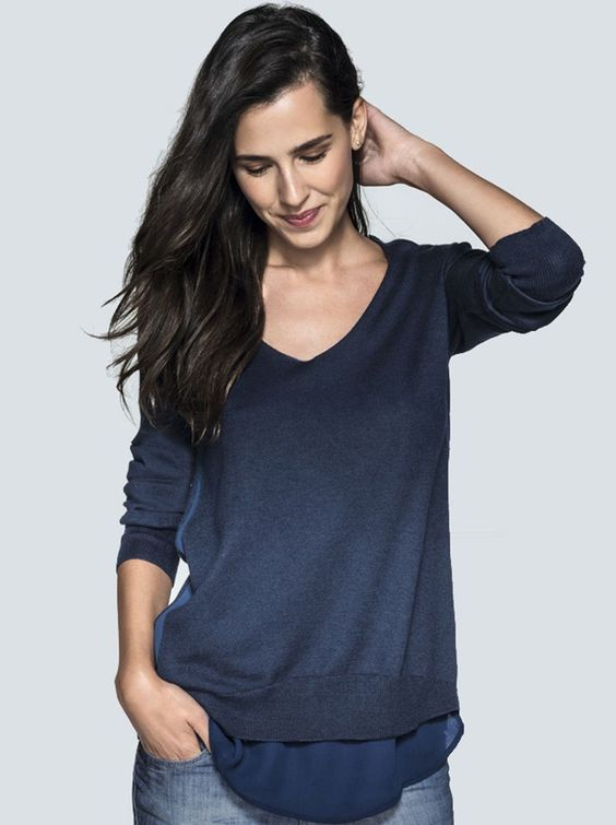 Blusão Feminino Básico Com Detalhe Diferenciado Na Barra | Blusões | Feminino | Hering