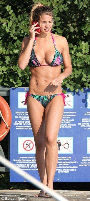 Gemma Atkinson shows off ripped figure in bikini on ...
