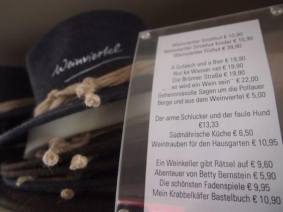 Zwei Wochen vor dem offiziellen Start der Niederösterreichischen Landesausstellung Brot  Wein spüren meine Freundin Anna und ich förmlich die Aufregung, die in der Luft derWeinstadt Poysdorfim niederösterreichischen Weinviertel liegt. ... http://www.creativelena.com/reiseblog/die-weinstadt-poysdorf-brot-wein-fur-niederosterreich