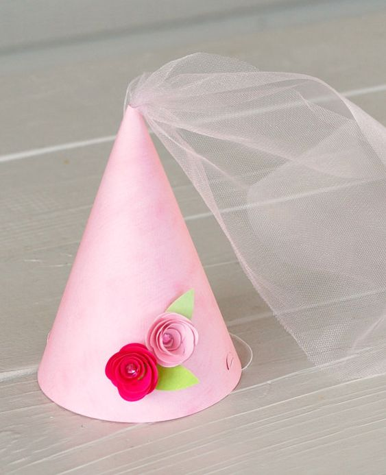 princess party hat - simple and elegant!