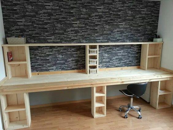Bureau van steigerhout (zelf ontworpen en gemaakt)