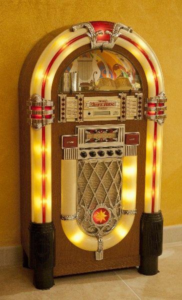 - Vintage Wurlitzer jukebox - #music #jukebox #records #vinyl #audio #vintage #Wurlitzer http://www.pinterest.com/TheHitman14/the-jukebox/