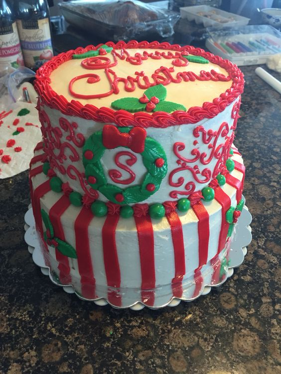 Monogrammed Family Holiday Cake