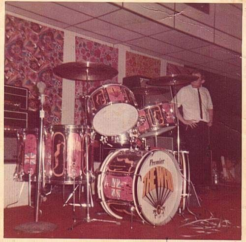 Pin By Sanchezrodriguezisrael On Keith Moon Pictures Of Lily Metal Drum Drums