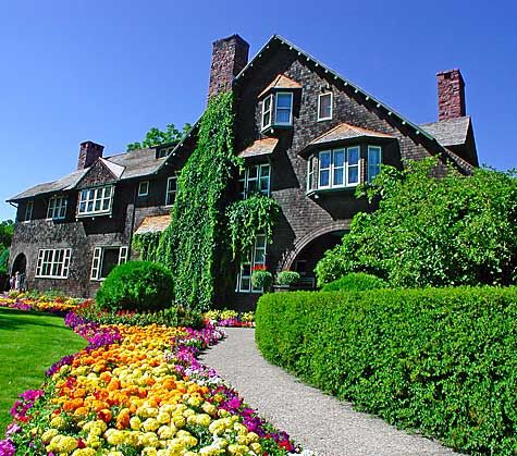 mansions  beautiful gardens and montana on pinterest