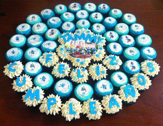 You can spell out the name of child and a birthday message and place it between the smurf cupcakes. Description from wizzley.com. I searched for this on bing.com/images