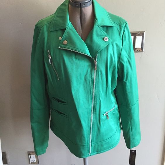 LAUNDRY by segal jacket Such a cute jacket. Laundry by Shelli Segal Jackets & Coats