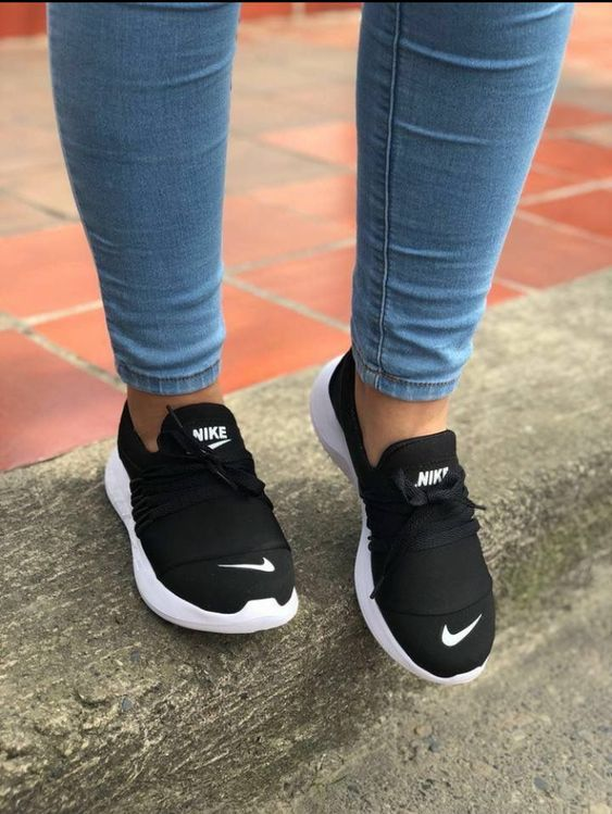 26 Comfy Shoes For Teens Chaussures confortables, baskets mignonnes, baskets  Comfy shoes, Cute sneakers, Sneakers