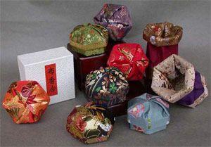 Brocade Hexagon Expandable Box