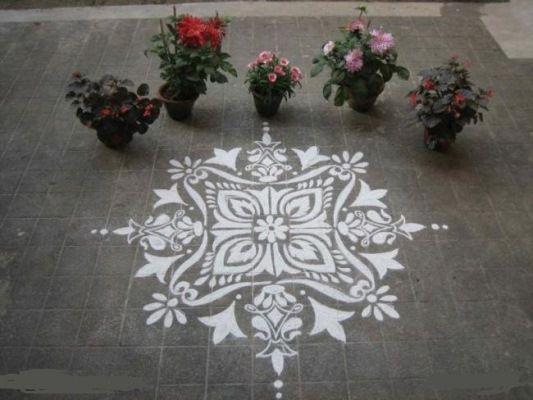 Diwali rangoli diwali and design on pinterest for Annaprasana decoration