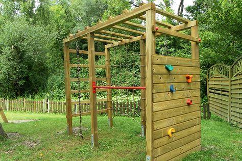 Klettergerust Mit Kletterwand Und Kletternetz Von Gartenpirat Climbing Frame Natural Playground Backyard Playground
