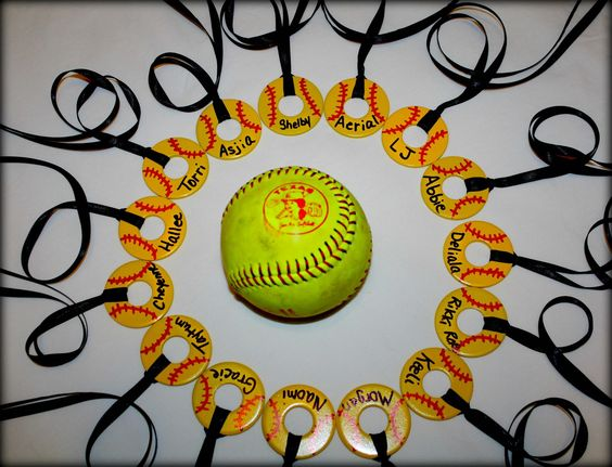 These Are The Washer Necklaces That I Made For Shelby And Her Fall Ball Softball Team Gametime Softball Gifts Baseball Fundraiser Softball Coach Gifts