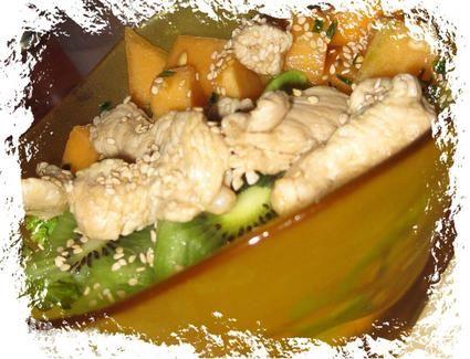 Salade de poulet au melon et kiwi