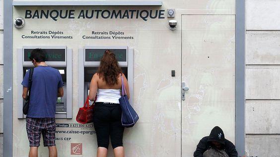 Banken weltweit erhöhen Gebühren: Negativzinsen - kein deutsches Phänomen