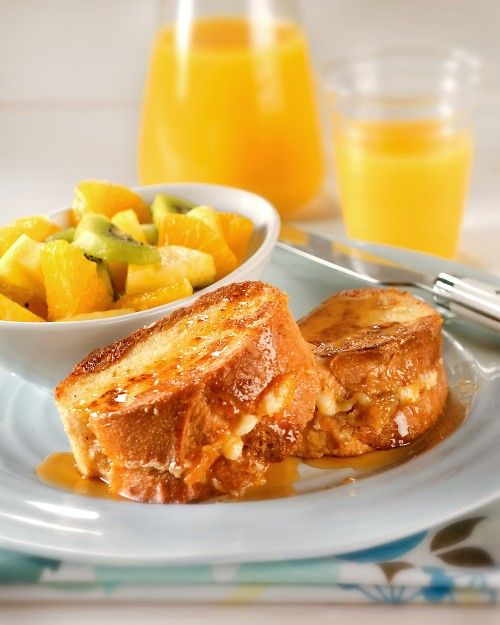 Apricot-Stuffed French Toast - this treat is bursting with sweet fruit