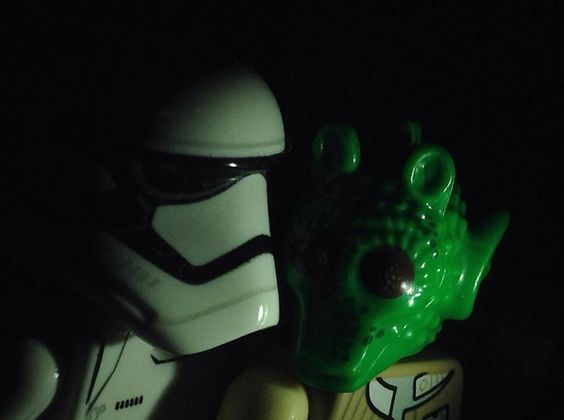 #lego #legostarwars #stormtrooper #звездныевойны #легоминифигурки #neworder #minifigures #legogram #legophotography #legostagram #night #legophoto #sub #лего #саб #legominifigures #starwars #starwarsfan #starwarstheforceawakens by legopatrick
