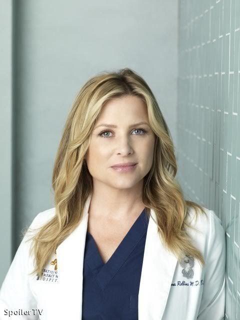 """Jessica Capshaw plays Arizona Robbins on """"Grey's Anatomy""""."""