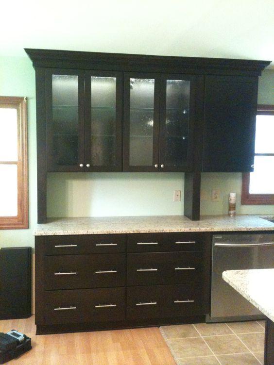 Best Diamond Vibe Cabinetry Bryant Door Dark Ale On Maple 400 x 300