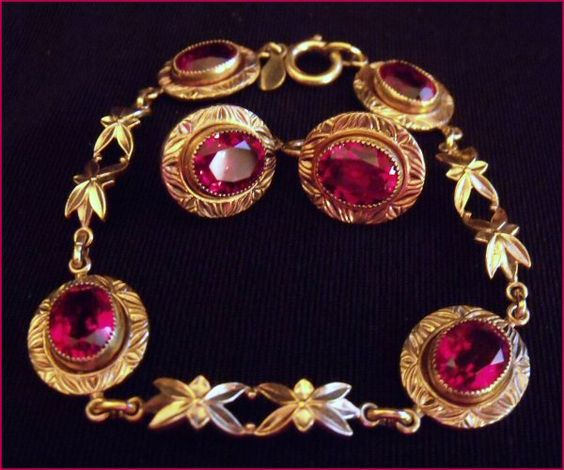 Amco-14k-gold-F-Ruby-Glass-bracelet-earrings-vintage-jewerly.jpg 600×500 pixels
