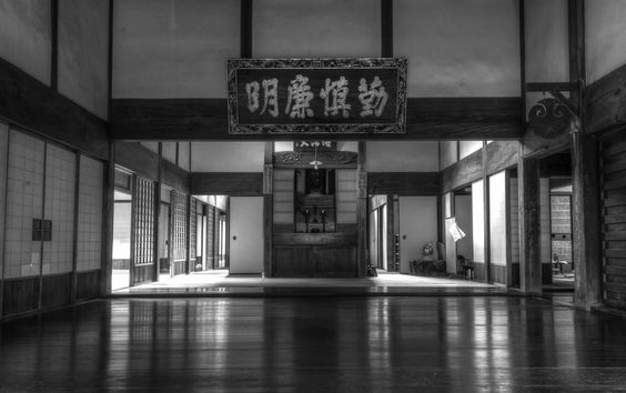 Sons pic inside Buddest temple in Kurame.