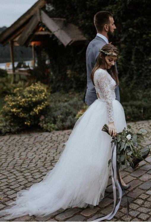 Krotka Suknia Slubna Z Trenem Wedding Dresses Lace Dresses Mermaid Wedding Dress