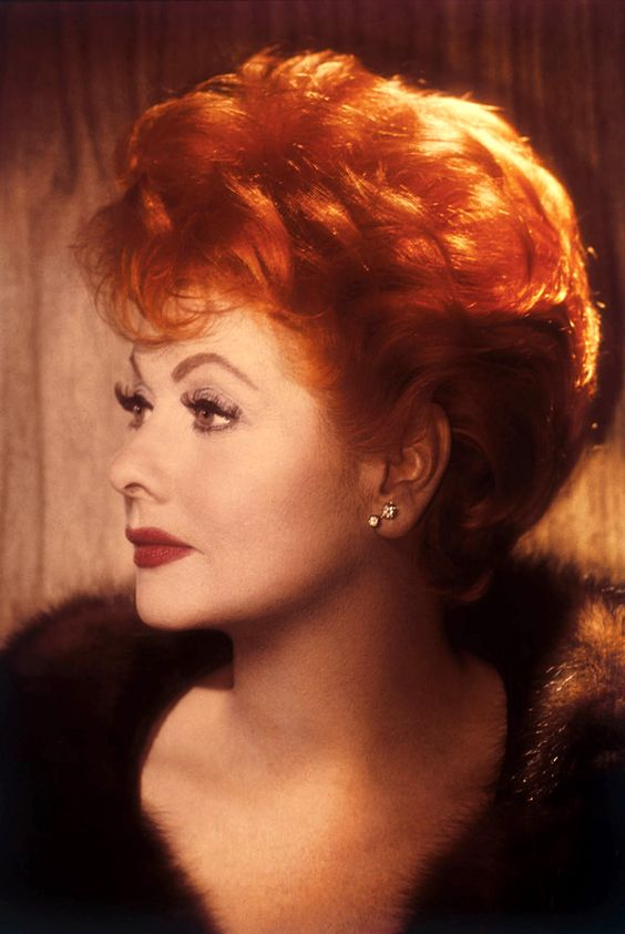 Lucille Ball (Jamestown, 6 de agosto de 1911 – Los Ángeles, 26 de abril de 1989)