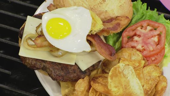 Watch Chef Bobby Welch of the Tilt'n Diner make a new Belly Buster Burger on WMUR-TV's Cook's Corner.