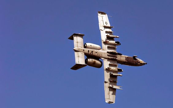 picture of A 10 Thunderbolt Approaching Target ~ HD Pictures
