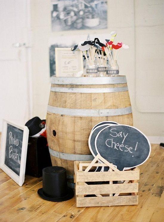 Rustikale Hochzeitsdeko Idee: DIY- Hochzeit mit kleinen schwarzen Tafeln | Optimale Karten für Verschiedene Anlässe