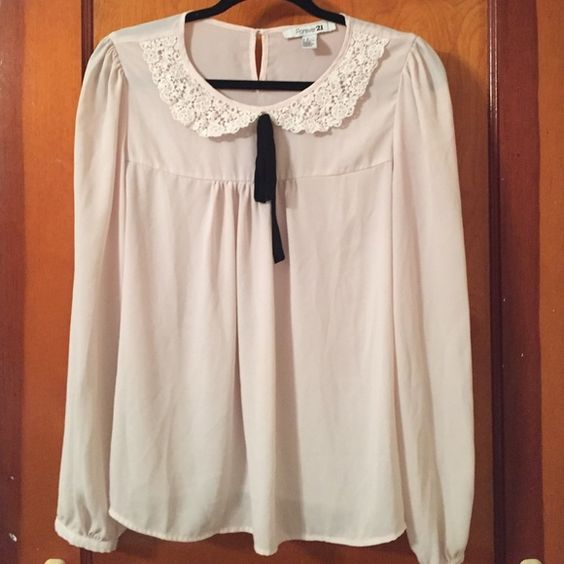 Forever 21 bow blouse sz M Worn once, pale pink spring color.. Forever 21 Tops Blouses