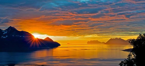 lyngen-lodge-Norway.jpg (960×440)