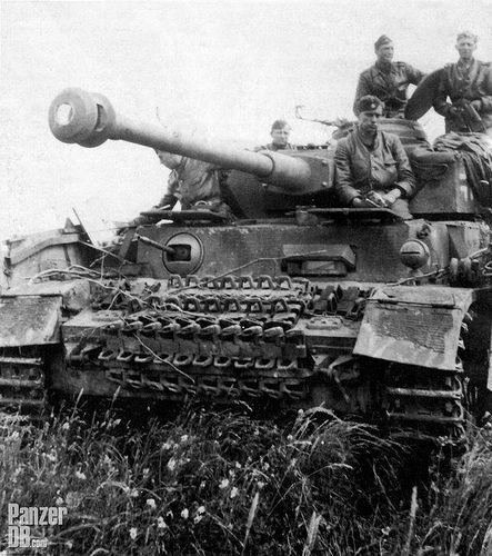 Panzerkampfwagen IV (7,5 cm Kw.K. 40 L/48) mit Turm-und Se… | Flickr