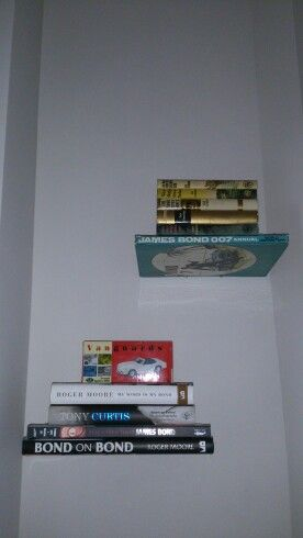Invisible shelves....