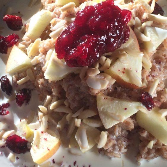 Das einfachste, beste, warme Frühstück gegen deinen Kater | MUNCHIES