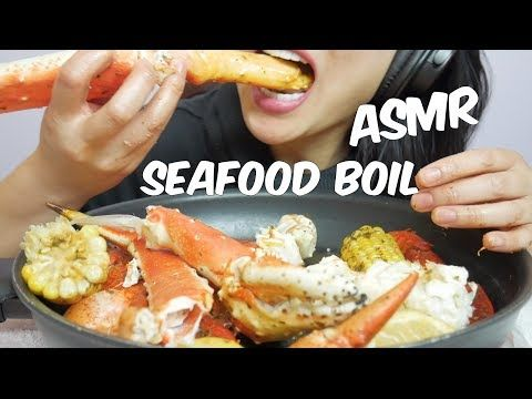 Hey Everybody In Today S Menu It S Seafood Boil King Crab Legs Black Tiger Shrimp Potatoes Corn Butter And Garl Seafood Boil Food Crab And Lobster Click here to see how i made this.(recipe + cooking sounds) 볶음밥과 탕수육 리얼사운드 먹방이야~! seafood boil king crab legs