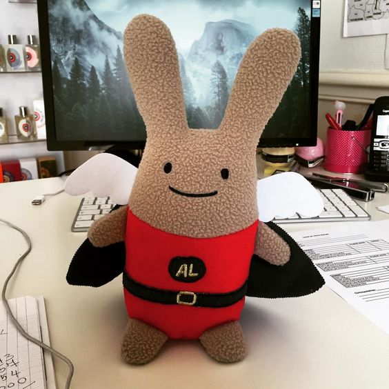 New friend, Super Hero Ange Lapin angel bunny