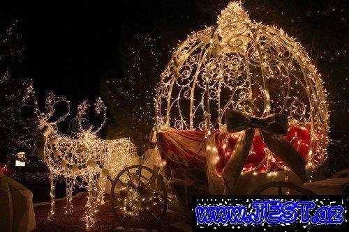 Yeni Ilə Səkilləri Axtaranlar Ucun Yolka Səkilləri Saxta Baba Səkilləri Və S Sizlər Ucun Paylasd Christmas Lights Christmas Light Displays Beautiful Christmas