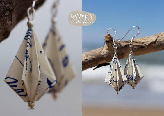 Boucles d'oreille pendantes en papier origami par MyrmicaDesign, €20.00