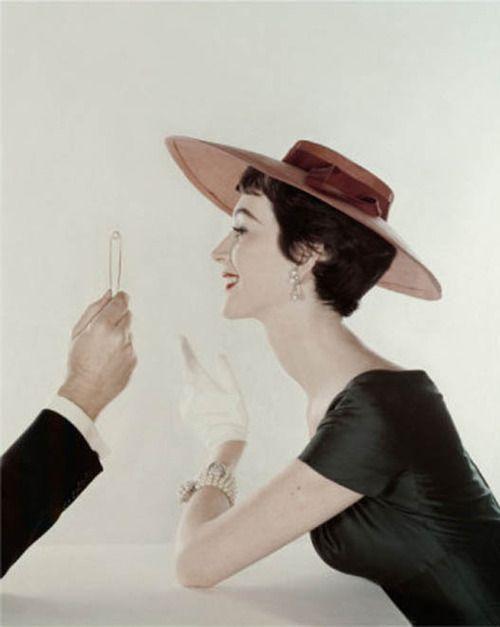 John Rawlings, Vogue, 1954 #pearls