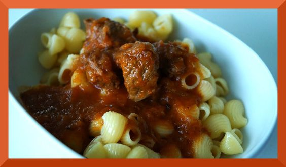 Gulasch, Fleisch, Hauptgericht, deftig