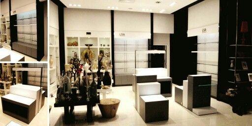 Fabricación de displays y muebles de exhibición  www.sharkpro.com.mx