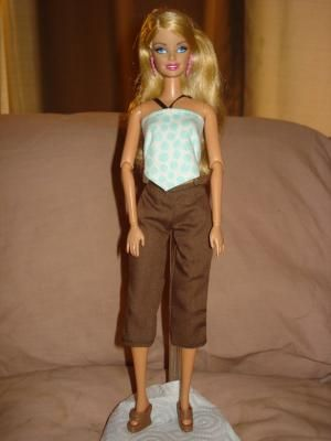 Brown cropped pants and mint green polka dot top set for Barbie Dolls - ed212