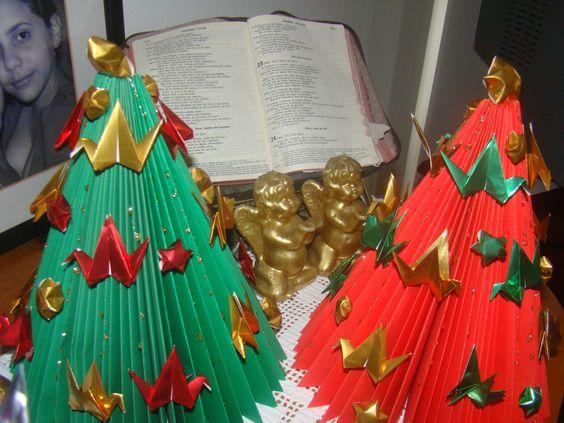 árvores de natal com Tsurus
