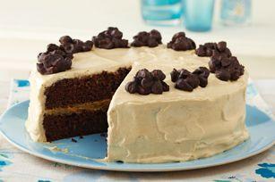 Chocolate Cluster-Peanut Butter Cake recipe