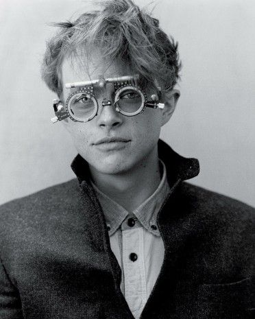 dane-dehaan-for-the-ny-times-t-style-mens-fall-fashion-2013-by-bruce-weber-5-372x465.jpg (372×465)