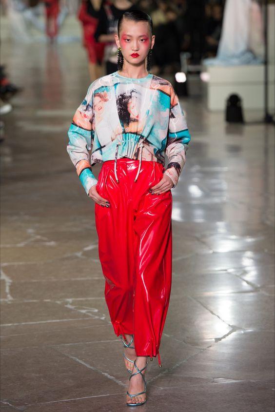 Sfilata Kenzo Parigi - Collezioni Primavera Estate 2017 - Vogue