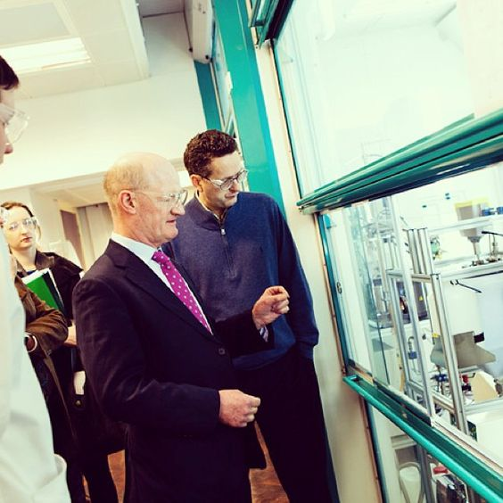 Universities Minister the Rt Hon David Willetts MP visits our state-of-the-art chemistry and chemical engineering facilities.