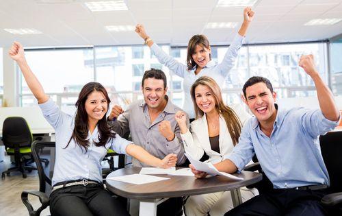 Esta generación busca organizaciones que le permitan tener un desarrollo profesional. Ejemplo de ello es Grupo Modelo. #RSE http://www.expoknews.com/las-5-empresas-en-las-que-los-jovenes-desean-trabajar/