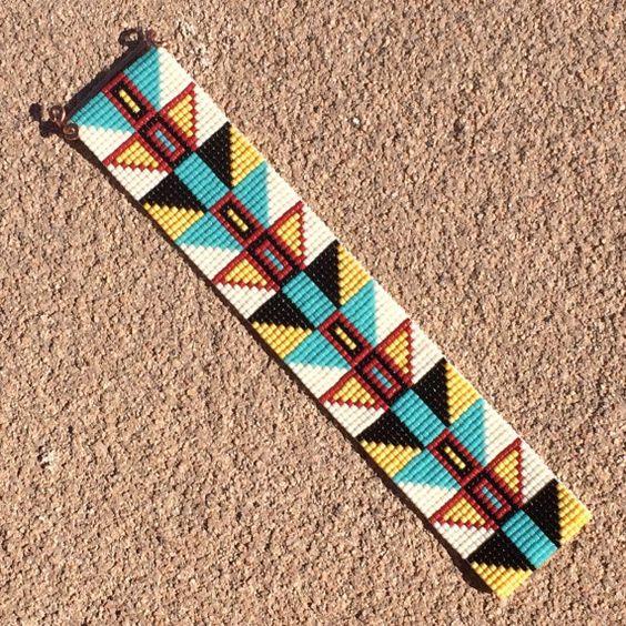 Tribal Chichen Itza Bead Loom Bracelet Bohemian por PuebloAndCo