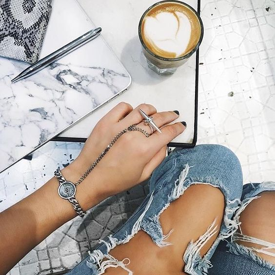 Details, details, details. #coffeenclothes #☕️👕 @thedemeler